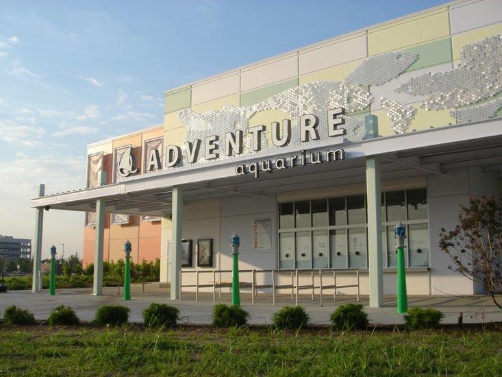 Adventure Aquarium, precast High Performance Insulated Wall Panel on exterior entrance