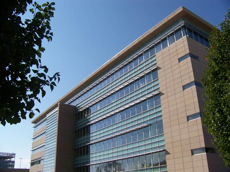 Edward Jones commercial office, detail on precast wall system on exterior