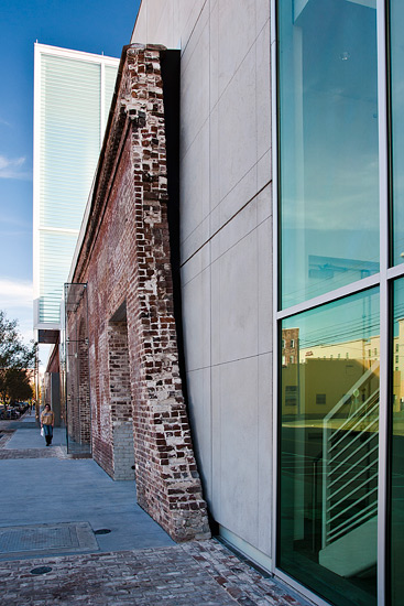 SCAD Museum entertainment education, detail on brick precast on exterior