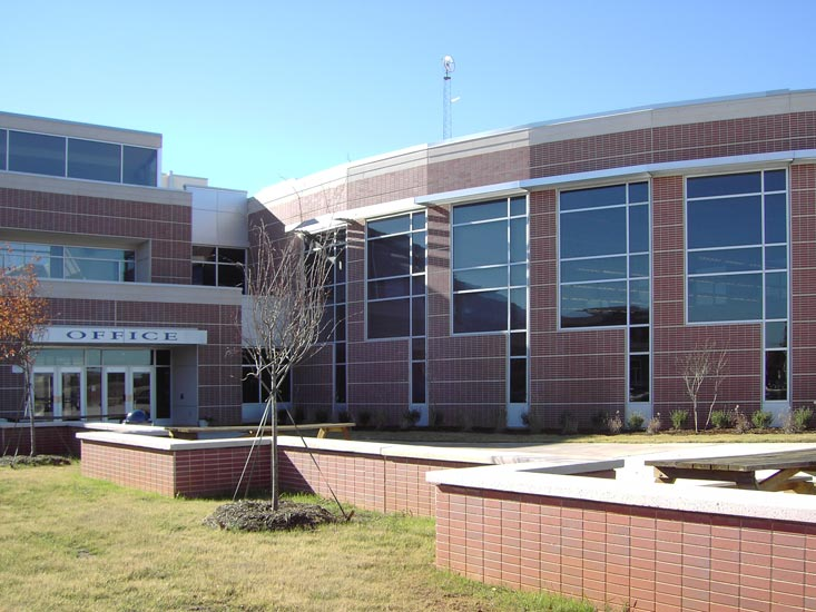Greenville Woodmont High school education, detail on carboncast enclosure system on exterior